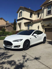 2012 Tesla Model SSignature Performance