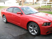 2013 Dodge ChargerSXT Plus Sedan 4-Door